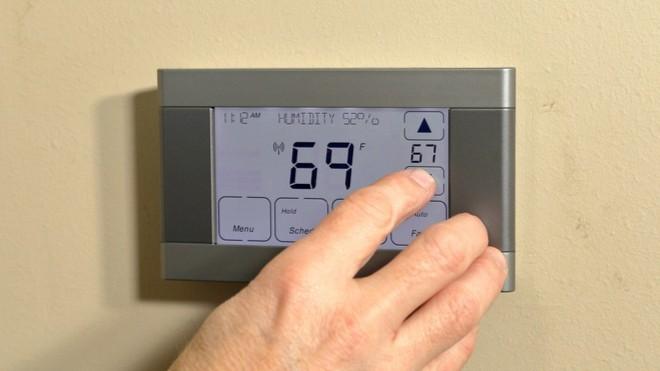 Summer HVAC Maintenance: Smart Thermostat Settings