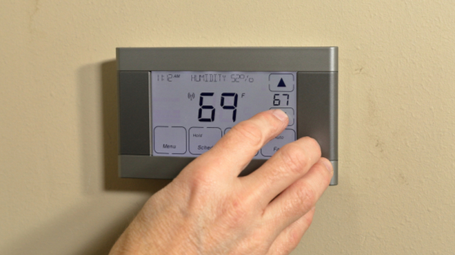 Why Is A Thermostat Used Inversely In Air Conditioners?